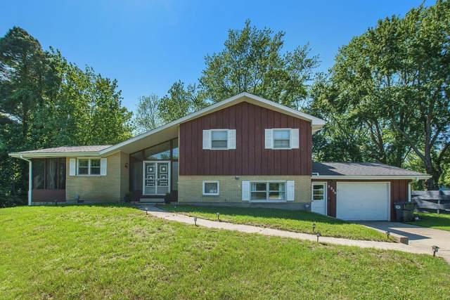 3936 N M 63, Benton Harbor, MI 49022 (MLS #21025776) :: Ginger Baxter Group