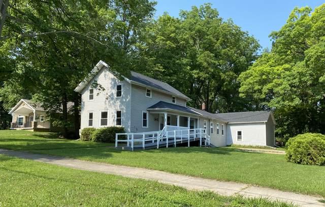 202 S Main Street, Olivet, MI 49076 (MLS #21026108) :: Sold by Stevo Team | @Home Realty
