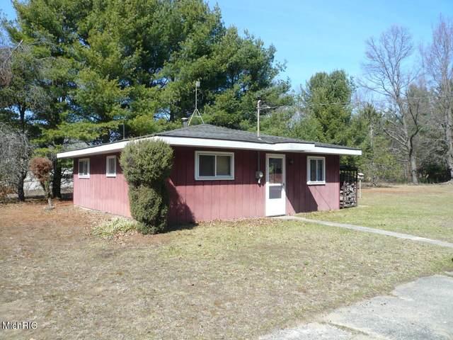 8615 W 16 Mile Road, Bitely, MI 49309 (MLS #21026125) :: BlueWest Properties
