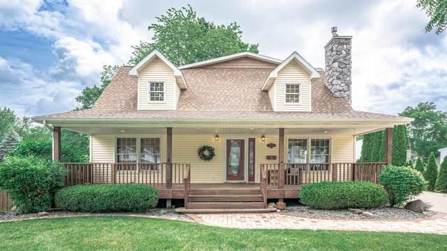 1137 Degroff Street, Grand Ledge, MI 48837 (MLS #21026172) :: BlueWest Properties