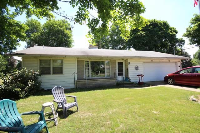 303 Sunset Drive, Vicksburg, MI 49097 (MLS #21026215) :: JH Realty Partners