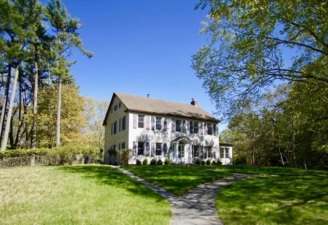 824 Lake Avenue, Grand Haven, MI 49417 (MLS #21026451) :: Deb Stevenson Group - Greenridge Realty