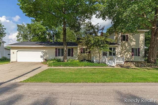 205 E Main Street E, Saranac, MI 48881 (MLS #21026536) :: BlueWest Properties