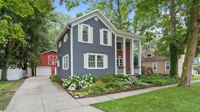 126 N Chippewa Street, Shepherd, MI 48883 (MLS #21026811) :: Deb Stevenson Group - Greenridge Realty
