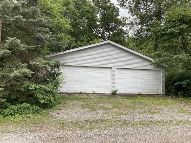 823 Shawnee Beach Drive, Bronson, MI 49028 (MLS #21026824) :: BlueWest Properties