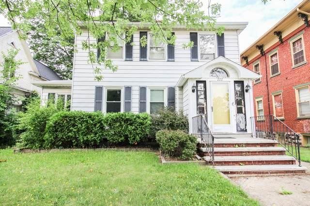 222 East Street, Three Rivers, MI 49093 (MLS #21027005) :: BlueWest Properties