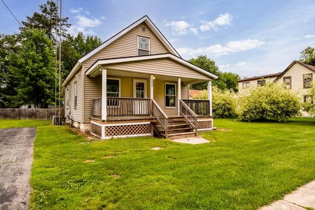 285 E Center Street, Coloma, MI 49038 (MLS #21027259) :: Deb Stevenson Group - Greenridge Realty