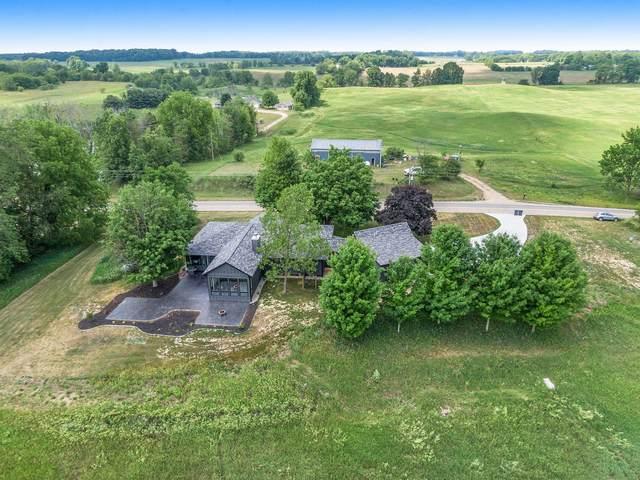 29431 County Road 352, Lawton, MI 49065 (MLS #21027312) :: BlueWest Properties