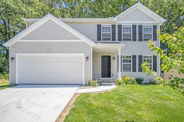 4900 Shadow Creek Drive, Hudsonville, MI 49426 (MLS #21027414) :: BlueWest Properties
