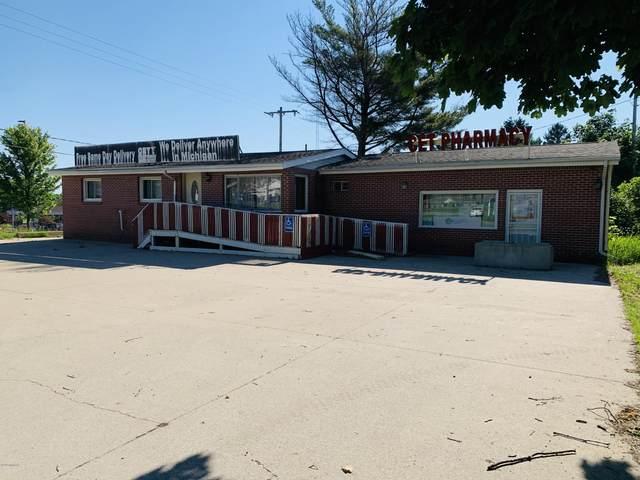 204 N Patterson Road, Reed City, MI 49677 (MLS #21027464) :: Ron Ekema Team