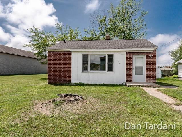 3025 Fairfield Street, Norton Shores, MI 49441 (MLS #21027719) :: Deb Stevenson Group - Greenridge Realty