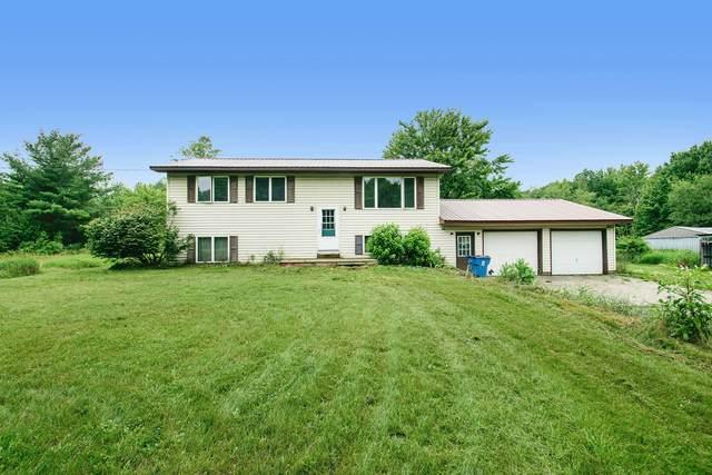 5881 Rollenhagen Road, Ravenna, MI 49451 (MLS #21027804) :: BlueWest Properties