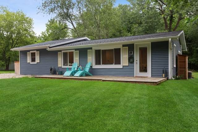 18743 Rose City Road, New Buffalo, MI 49117 (MLS #21027874) :: BlueWest Properties