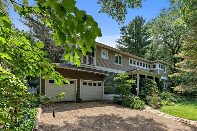 13239 Forest Avenue, Harbert, MI 49115 (MLS #21033636) :: Deb Stevenson Group - Greenridge Realty
