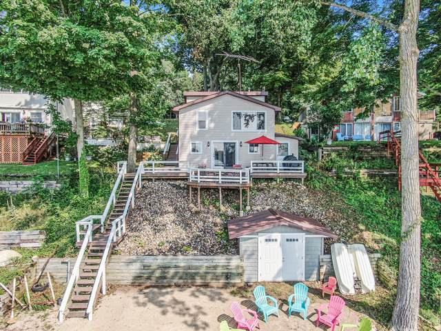 17265 Stevens Forest Lake Street, Cassopolis, MI 49031 (MLS #21033803) :: BlueWest Properties