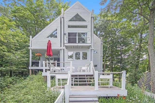 17405 Hidden Treasure Drive, West Olive, MI 49460 (MLS #21034028) :: BlueWest Properties
