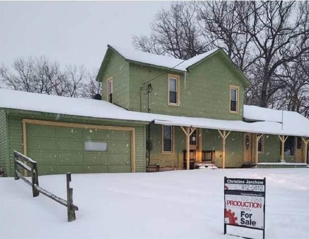 100 Portage Lake Rd, Munith, MI 49259 (MLS #21046422) :: Deb Stevenson Group - Greenridge Realty