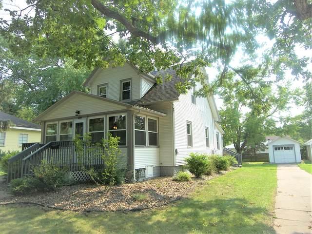 120 S Willard Street, New Buffalo, MI 49117 (MLS #21064770) :: BlueWest Properties