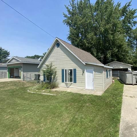 2324 Hughes Avenue, Norton Shores, MI 49441 (MLS #21064771) :: Deb Stevenson Group - Greenridge Realty