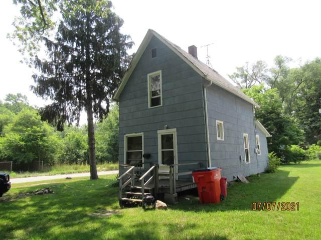 892 Edgecumbe Avenue, Benton Harbor, MI 49022 (MLS #21064839) :: BlueWest Properties