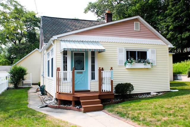 2567 Miner Avenue, Muskegon, MI 49441 (MLS #21064919) :: BlueWest Properties