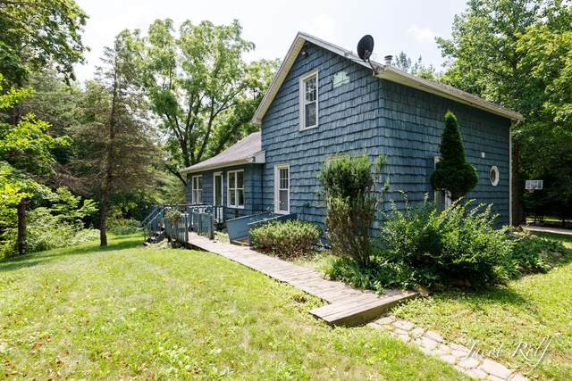 7065 W Eaton Highway, Lansing, MI 48906 (MLS #21072185) :: BlueWest Properties