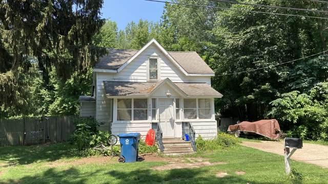 226 W High Street, Bangor, MI 49013 (MLS #21083867) :: Deb Stevenson Group - Greenridge Realty