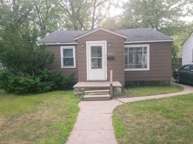 3205 9th Street, Muskegon Heights, MI 49444 (MLS #21094655) :: Deb Stevenson Group - Greenridge Realty