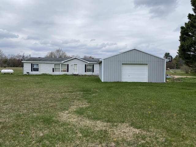 6336 River Road, Evart, MI 49631 (MLS #21094664) :: BlueWest Properties