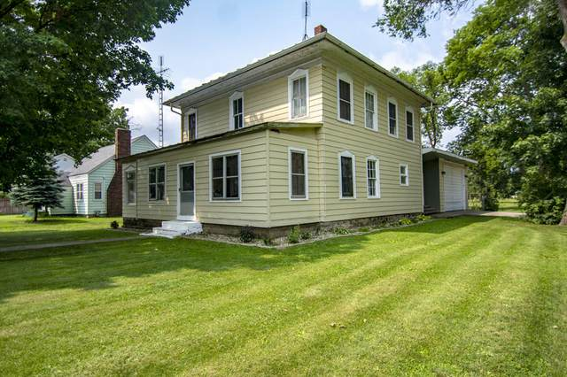 207 N Kalamazoo Street, White Pigeon, MI 49099 (MLS #21094732) :: BlueWest Properties