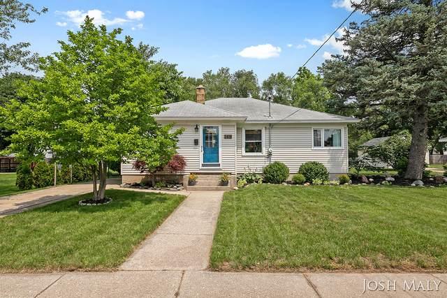 2419 Lola Street SW, Wyoming, MI 49519 (MLS #21094811) :: BlueWest Properties