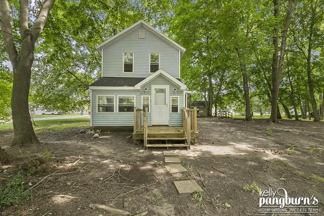 248 W Jefferson Street, Newaygo, MI 49337 (MLS #21094861) :: BlueWest Properties