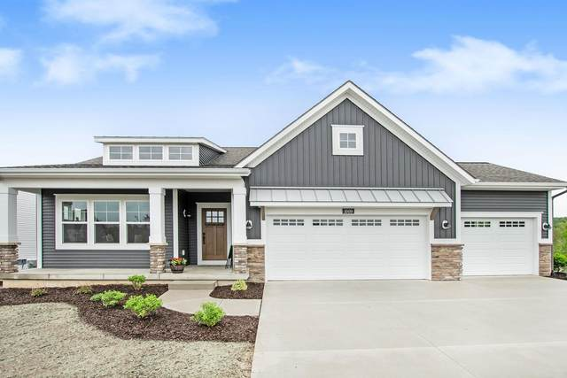 2120 Flowering Drive #62, Hudsonville, MI 49426 (MLS #21094878) :: Deb Stevenson Group - Greenridge Realty