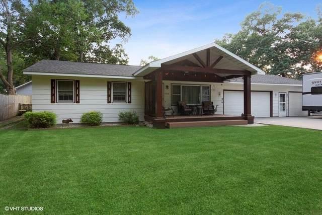 13148 Wilton Avenue, New Buffalo, MI 49117 (MLS #21094891) :: BlueWest Properties