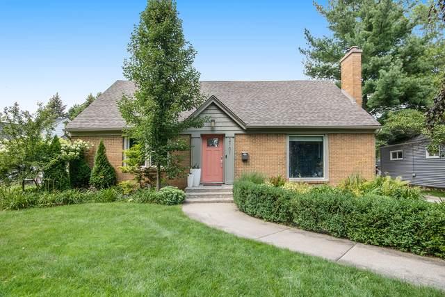 2101 Gorham Drive SE, East Grand Rapids, MI 49506 (MLS #21094905) :: BlueWest Properties