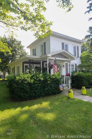 84 W Division Street NW, Sparta, MI 49345 (MLS #21094958) :: BlueWest Properties