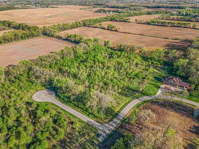16 Ikram Oaks, Jackson, MI 49201 (MLS #21095108) :: BlueWest Properties