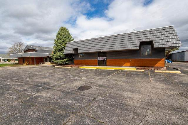 1445 W Chicago Blvd, Tecumseh, MI 49286 (MLS #21095180) :: Keller Williams Realty | Kalamazoo Market Center