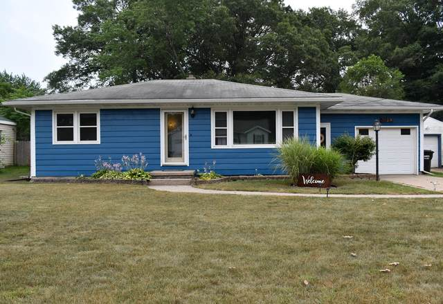 1129 Englewood Avenue, Norton Shores, MI 49441 (MLS #21095423) :: Deb Stevenson Group - Greenridge Realty