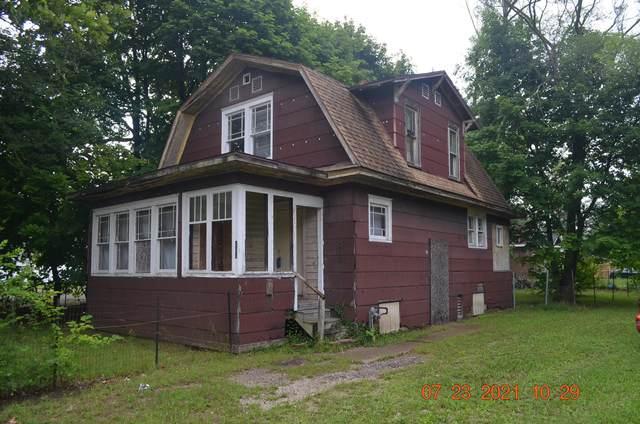 180 E Empire Avenue, Benton Harbor, MI 49022 (MLS #21095424) :: CENTURY 21 C. Howard