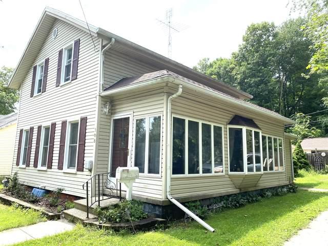 108 Aldrich Street, Hudson, MI 49247 (MLS #21095653) :: Deb Stevenson Group - Greenridge Realty