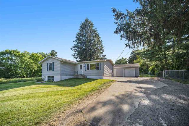 320 Sheridan Rd, Jackson, MI 49203 (MLS #21096282) :: Deb Stevenson Group - Greenridge Realty
