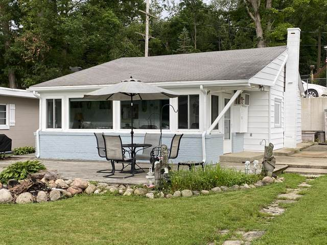 9705 Lakeview Drive, Jerome, MI 49249 (MLS #21096639) :: Ginger Baxter Group