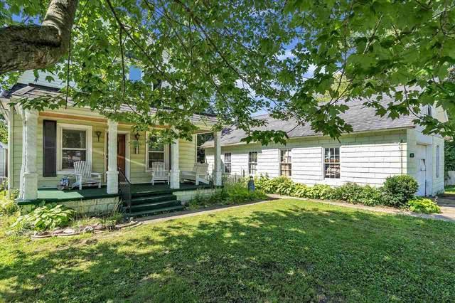 5613 Oak St, Onondaga, MI 49264 (MLS #21096759) :: CENTURY 21 C. Howard