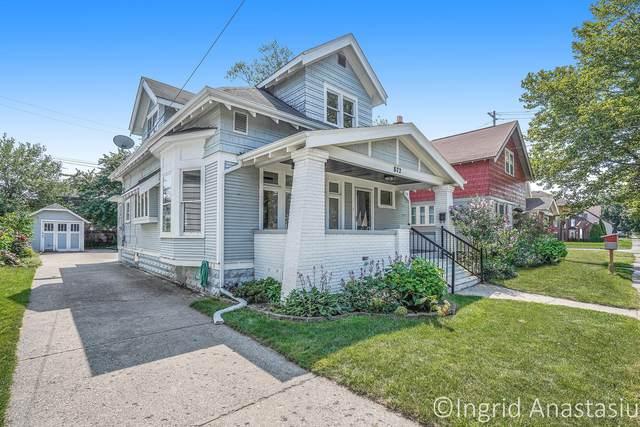 872 Courtney Street NW, Grand Rapids, MI 49504 (MLS #21096777) :: Ginger Baxter Group