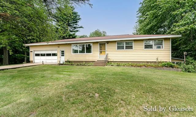 2140 E Sternberg Road, Muskegon, MI 49444 (MLS #21096798) :: BlueWest Properties