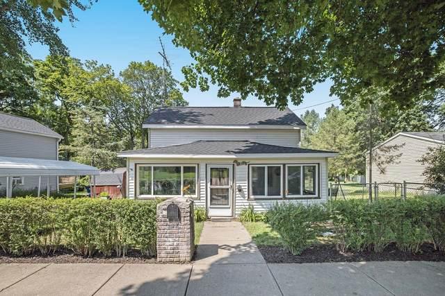 307 Locust Street, Marshall, MI 49068 (MLS #21096827) :: BlueWest Properties