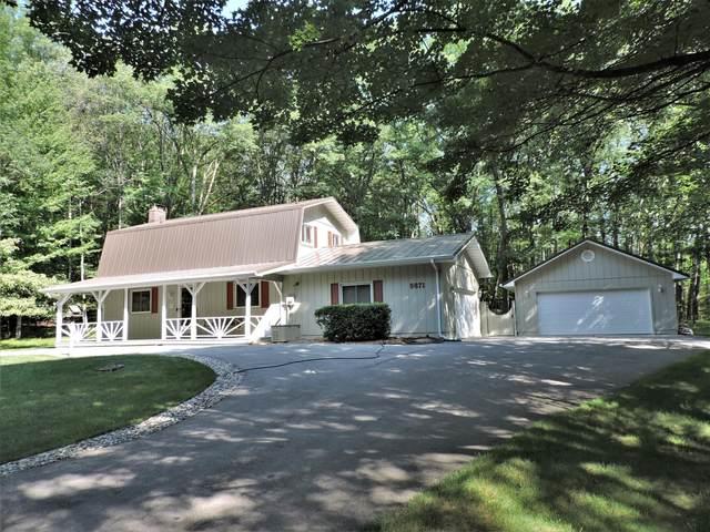 9871 Caddie Drive, Canadian Lakes, MI 49346 (MLS #21096894) :: BlueWest Properties