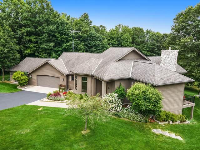 11775 Golfview Drive, Bear Lake, MI 49614 (MLS #21096921) :: CENTURY 21 C. Howard
