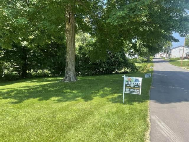 V/L Park Drive, Watervliet, MI 49098 (MLS #21097039) :: BlueWest Properties